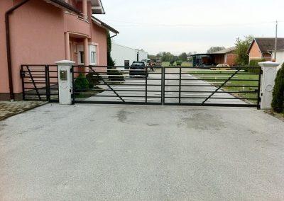 Obiteljska kuća Dodlek – Belica